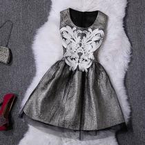 Elegant Floral Embroidered Contrast Color Sleeve Party Dress