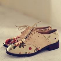 Chaussures à Talons Plats Britannique Rétro Chic Unique à la Mode Pleines d'Impression Florale à Lacet