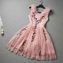 Fashion 3D Applique Sleeveless Lace Dress