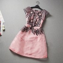 Fashion Contrast Color Embroidery Cap Sleeve Dress