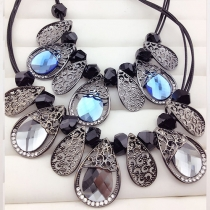 Fashion Crystal Leaves Pendant Necklace