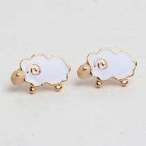 Bijoux pour femme – De jolies petites boucles d'oreilles goujonnées en forme de d'agneau
