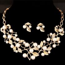 Bijou pour femme jeu de boucle d'oreille et collier faux diamant perle faux à la mode