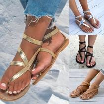 Sandales à Talons Plats Stylées à la Mode