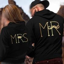 Pull Noir Stylé Doux à la Mode à Capuche à Manches Longues à Imprimés de Lettres Pour les Couples