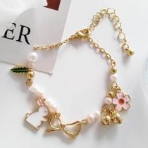 Bracelet Doux Mignon à la Mode avec les Pendentifs de Lapin&Fleur