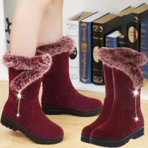 Boots Doux Stylés à la Mode à Talons Plats avec les Fourrures Synthétiques