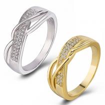 Fashion Rhinestone Inlaid Twised Ring