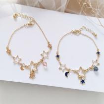 Bracelet Chic Doux à la Mode avec les Pendentifs de Croissant&Pentacle