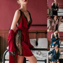 Ensemble de Deux Pièces de Vêtements de Nuit en Dentelle: Robe à Bretelles + Robe