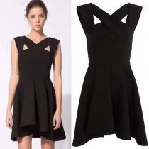Robe Noire Sublime à la Mode Croisée en Couleur Pure à la Taille Haute
