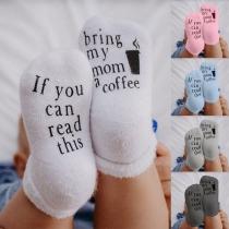 Chaussettes Douces Mignonnes à la Mode à Imprimés de Lettres Pour les Bébés(2 paires)