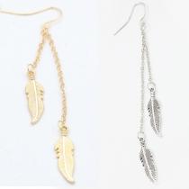 Boucles d'Oreilles Stylées Chic à la Mode avec un Design de Feuille