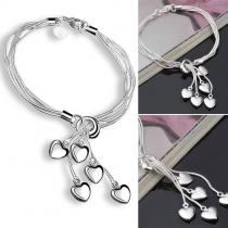 Bracelet Chic Doux à la Mode avec les Pendentifs de Cœur