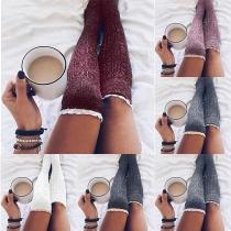 Chaussettes Longues Elégante Douces à la Mode en Tricot avec les Détaile en Dentelle