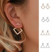 Boucles d'Oreilles Chic Stylées à la Mode avec un Design de Carré/Triangle