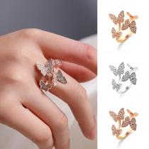 Bague Douce Chic Stylée à la Mode avec les Cristaux avec un Design des Papillons
