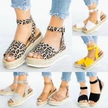 Sandales à Bout Ouvert à Talons Épais à la Mode