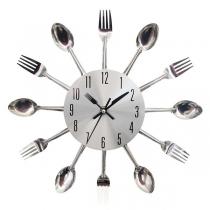 Horloge Murale de Style Créatif avec Couteau et Fourchette