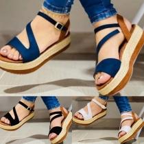 Sandales à Bout Ouvert à Talon Épais de Couleur Contrastée à la Mode